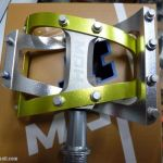 MDH PVB01 - Apple Green/Silver - 100% CNC with Aluminium Pins - Superlight Sealed Bearing Pedals