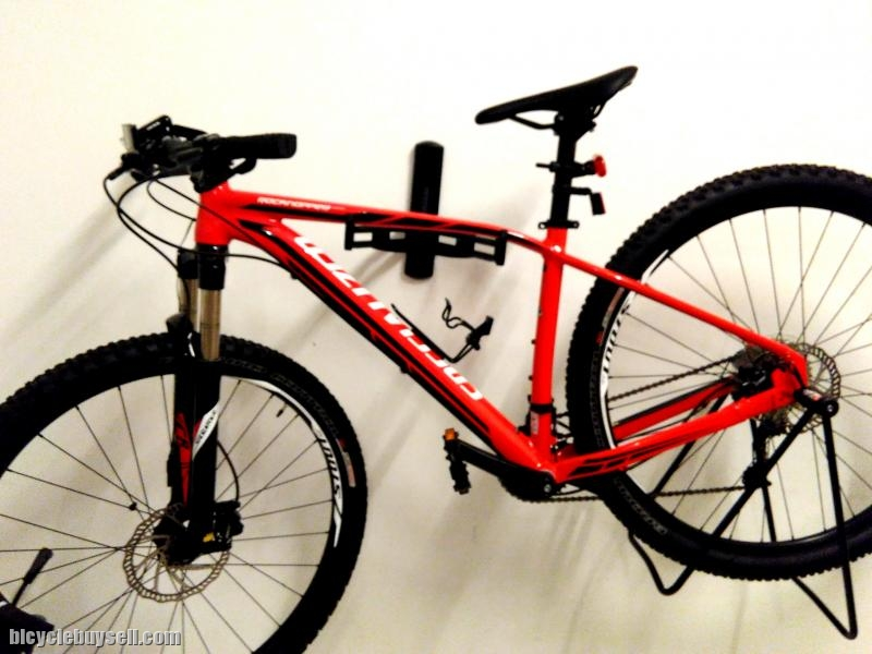2016 Specialized Rockhopper Comp 29er 2 Months Old