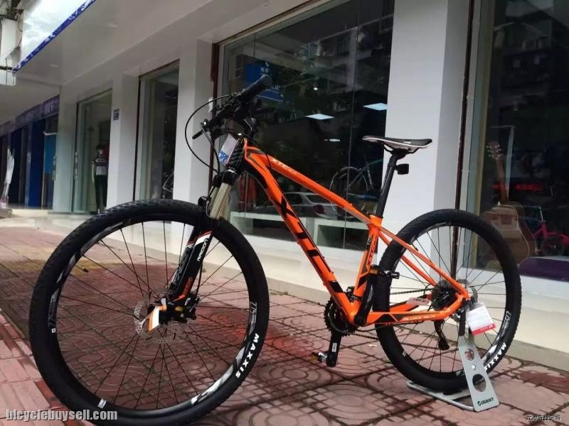 2017 GIANT XTC SLR 4(M size Only)