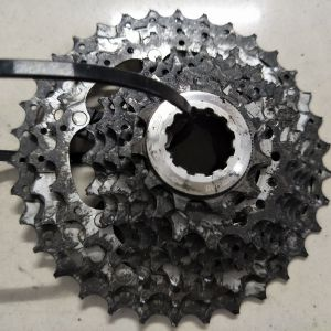 Shimano deore xt cassette 10speed - 5months usage - need some cleaning
