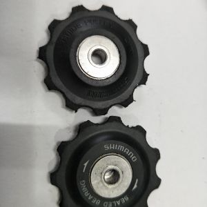 Shimano deore xt sealed bearing pulley - used less than a week