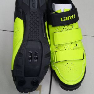 GIRO CARBIDE R ( LIME / BLACK ) SIZE 44