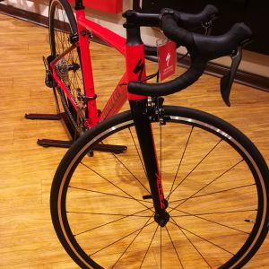 SPECIALIZED ALLEZ E5 ROAD BIKE !