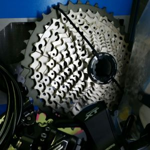 Groupset XT M8000 (2x11) with brake n rotor(- 2020 Promotion !!!-)