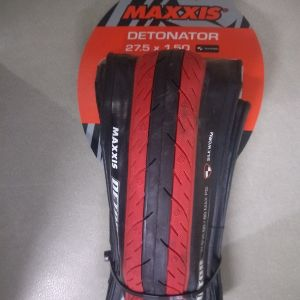 Maxxis detonator 27.5x1.5 latest with silkworm red/black