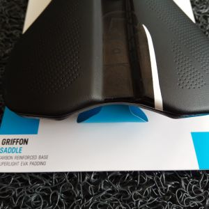 Shimano Pro Griffon AF Hollow 132mm Saddle