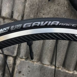 ALL NEW 2018 GIANT TCR ADVANCED 2(Neon Green Color)