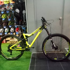 Commencal Meta AM V4 (Rm 451 Monthly)