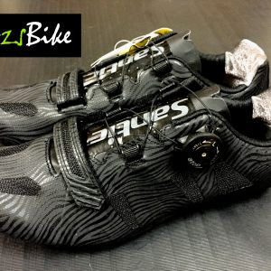 NEW YEAR SALE-SANTIC Nigel Black Road Cycling Shoes - READY STOCK FREE Postage