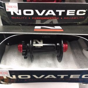 Novatec 32 holes hub (t.a and qr compatible)