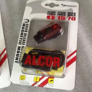 Moon Alcor Rear Lights Rechargeable LED | 15Lumens @ free pos