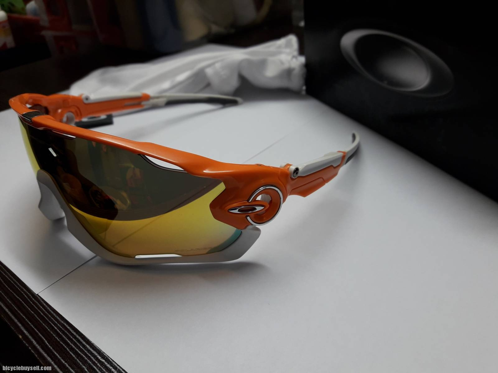 904f08a4c8 Oakley Jawbreaker - Atomic Orange - Fire Iridium Polarized -