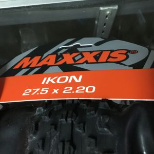 "Maxxis Ikon 27.5""-2.2 / Folding Tires / 1set  Taiwan Made (free pos w.m)"
