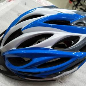 Xdot inmould technology helmet - just used one ride only selling cheap