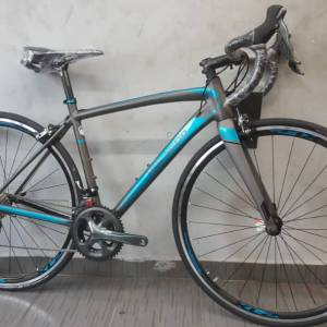 Polygon Stratos S4 700C Shimano Tiagra 20sp Road Bicycle