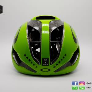 Oakley Aro 5 - Dimension data (call for 4 best price)