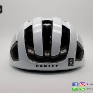 Oakley Aro 3 - White (Clearence)