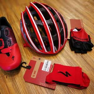 SPECIALIZED RED EDITION ! (No GST)