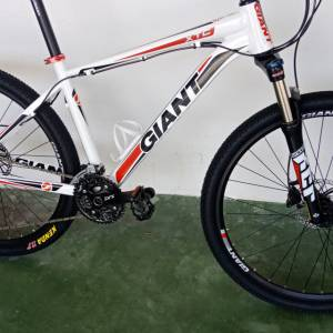 Giant Xtc 30speed MTB 27.5