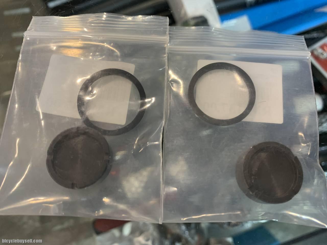 Shimano DEORE /SLX /XT Brake Piston Replacement