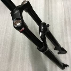 Epixon Fork 27.5/650b Travel 140mm New Model (Crown Remote)1.75kg ///