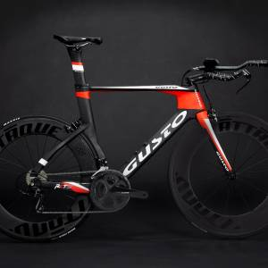 GUSTO RCT 1.1 2019 CARBON TRIATHLON BIKE