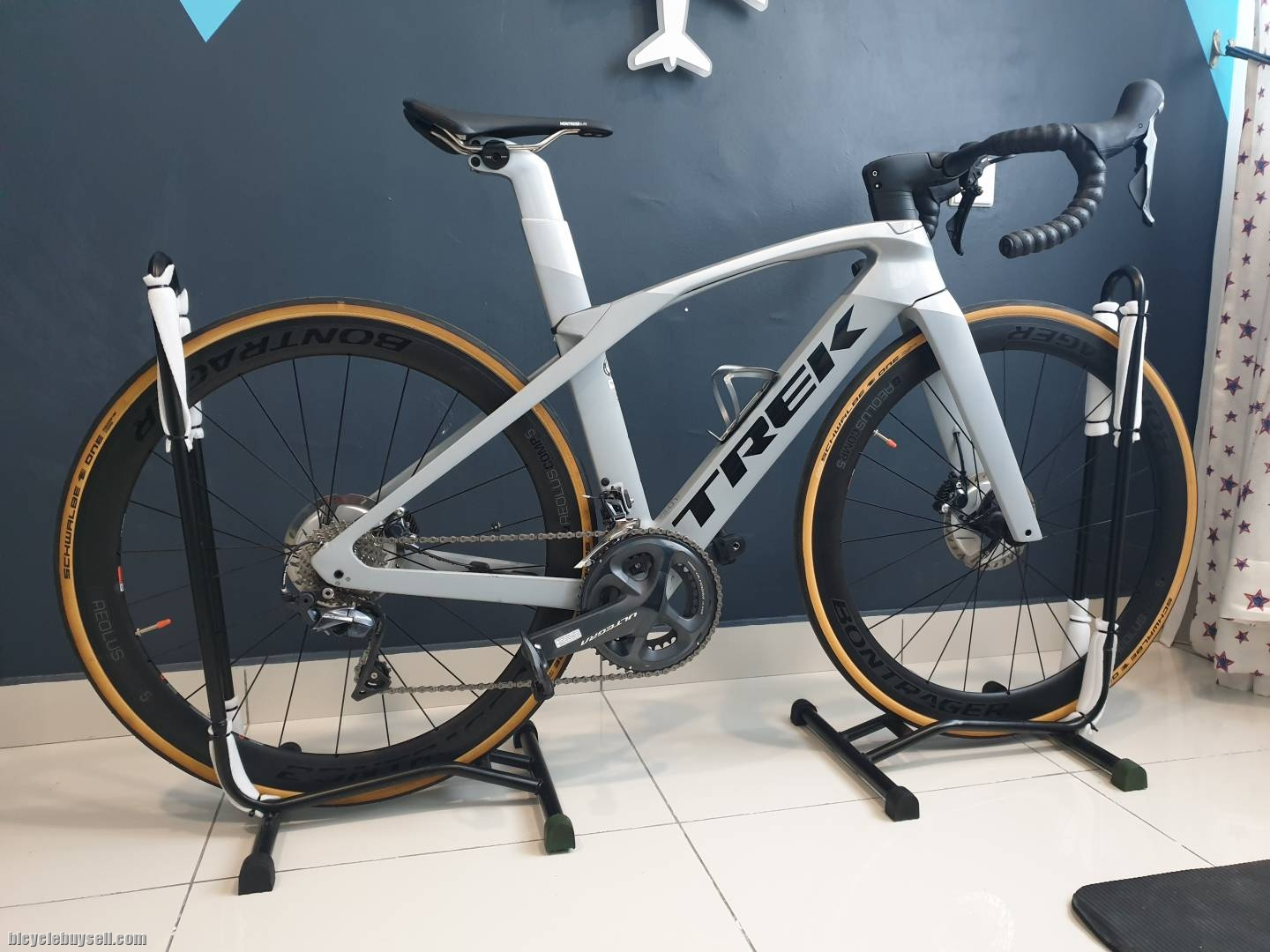 2019 Trek Madone Slr 6 Disc 4 Months Old Low Mileage