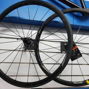Deuter Carbon Wheelset -35mm- (700cc) Brand New !!