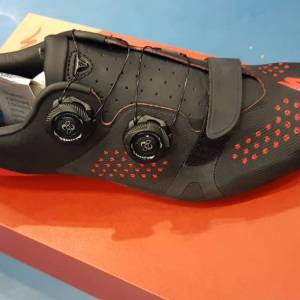 Specialized Torch 3.0 Carbon (Roadbike Shoes) Brand New !!!