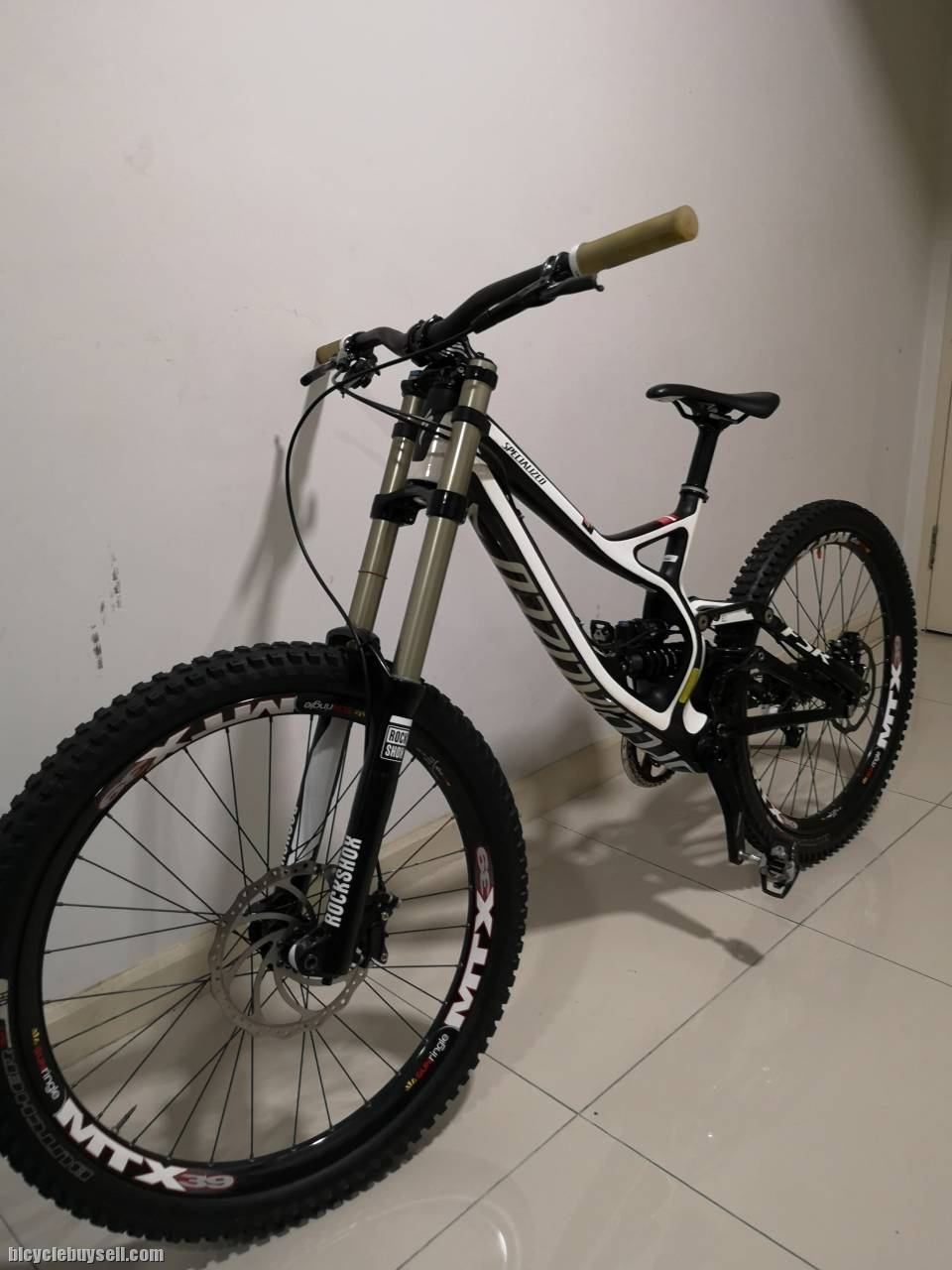 cddffef88c1 Specialized Demo 8 Carbon