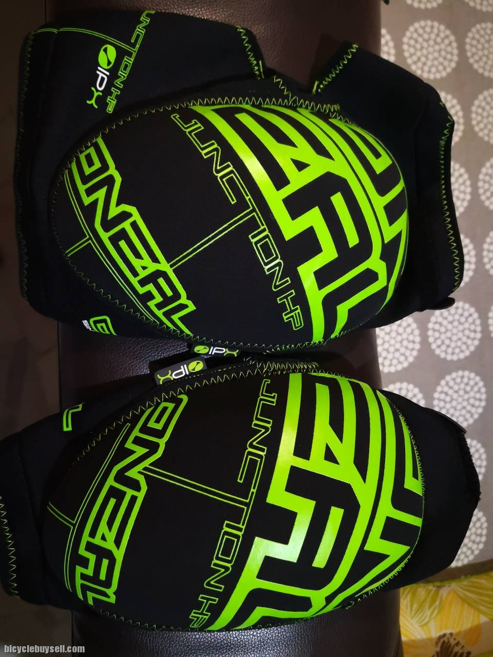 O`Neal Junction HP Knee Guard black//neon green