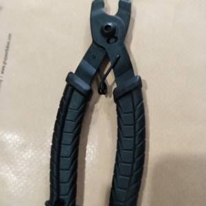 Chain Missing Link Plier - open/close