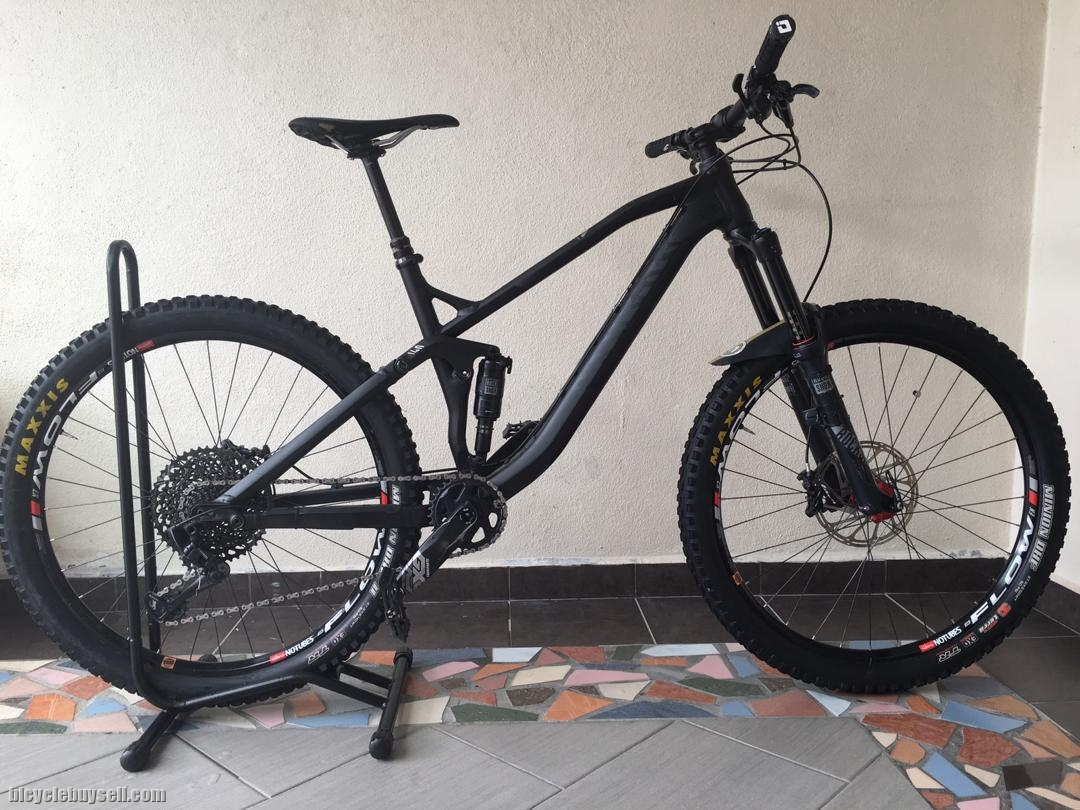 Canyon Spectral AL 7 0EX 27 5 M Size 150/140mm Travel