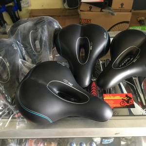 Bell Ergo Soft Tech Saddles (free pos w.m)