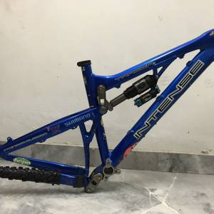 Intense tracer vp.frame & fork. Rear shox