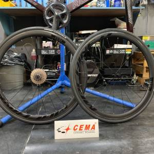 CEMA CERAMIC BEARINGS ( MACHINE 11 CARBON WHEELSET WITH CHOOSEN HUB)