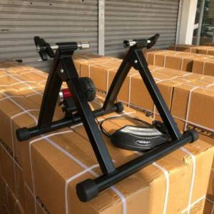 INDOOR TRAINER WITH RESISTANCE CABLE (PRICE MARKDOWN)