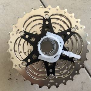 Shimano 105 R7000 11-30T Caset 11speed - free courier