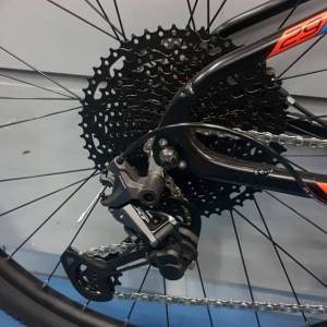TRS Titan (29er) XT (12speeds) M8100 Groupset, (Brand New)!!